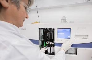 CellTracks System for blood analyses