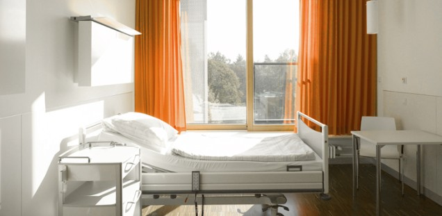 uke patientinnen patienten besucherinnen besucher zimmer. Black Bedroom Furniture Sets. Home Design Ideas